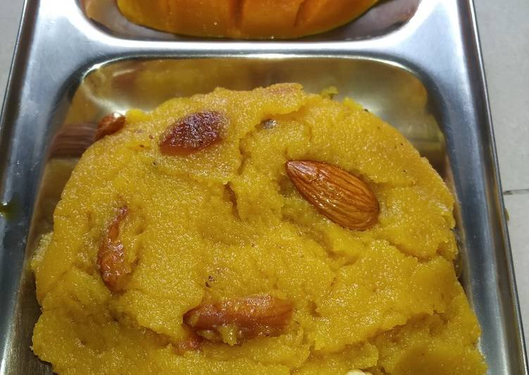 Recipe of Homemade Mango Suji Halwa / Mango Sheera