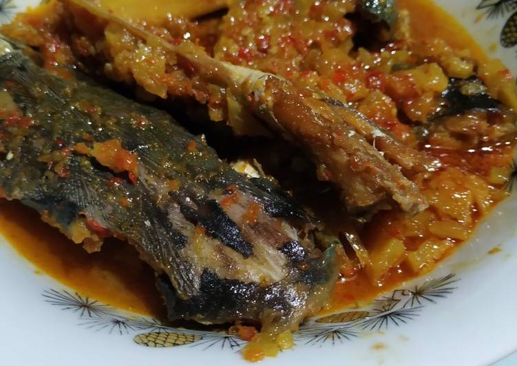Tumis Ikan Asin Nanas