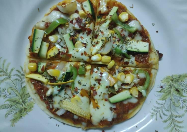 Exotic Italian Veggies cum Punjabi gravy Pizza - Laurie G Edwards