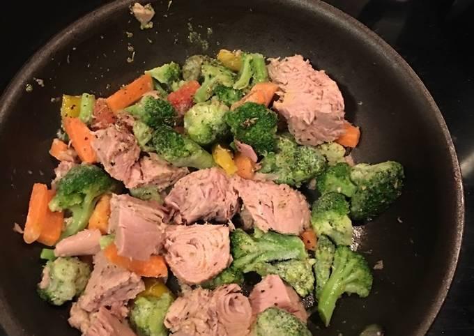 Cognac fried tuna and veggies