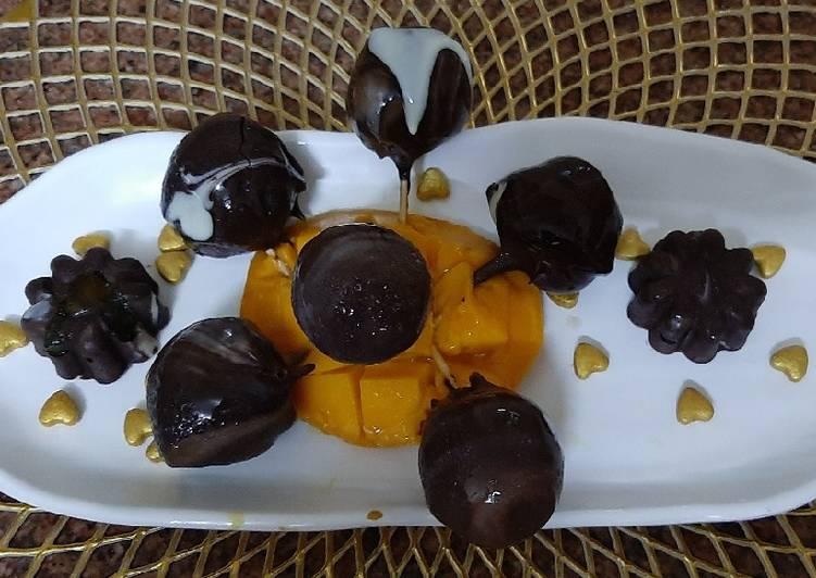 Lychee chuperustam Chocobar Ice Cream