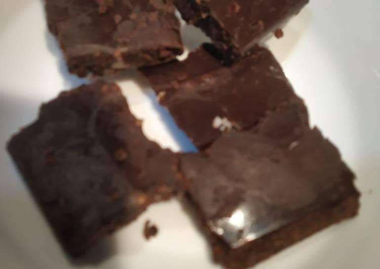 Simple Way to Prepare Homemade Nutty Chocolate fudge