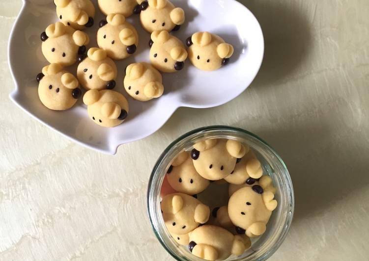 German Sheep Cookies - cookandrecipe.com