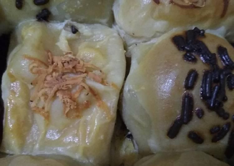 Bolen pisang coklat keju