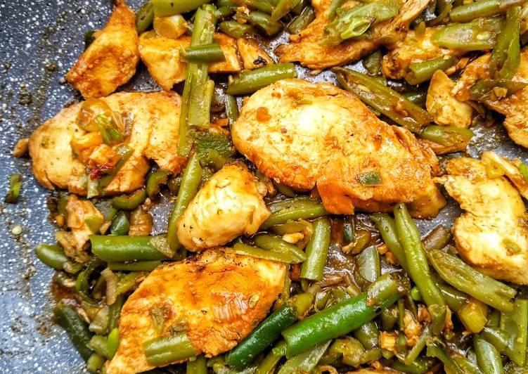 Sweet Tamarind Chicken With Green Beans & Jasmine Rice