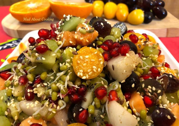 Green Moong Sprouts Fruit Salad – Weight Loss Recipe