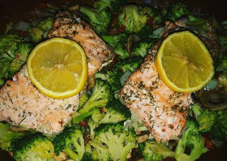 Saumon au four avec poêlée de légumes