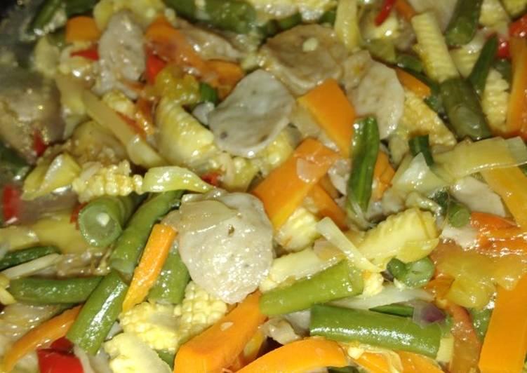 Tumis Jagung muda, kacang panjang, wortel dan bakso ala ala 😂