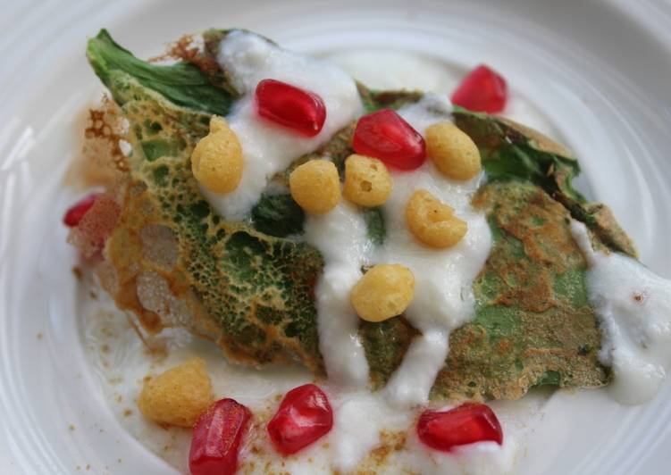 What is Dinner Easy Homemade Crispy Palak Chat