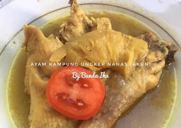 Ayam Kampung Ungkep Nanas (AKUN)
