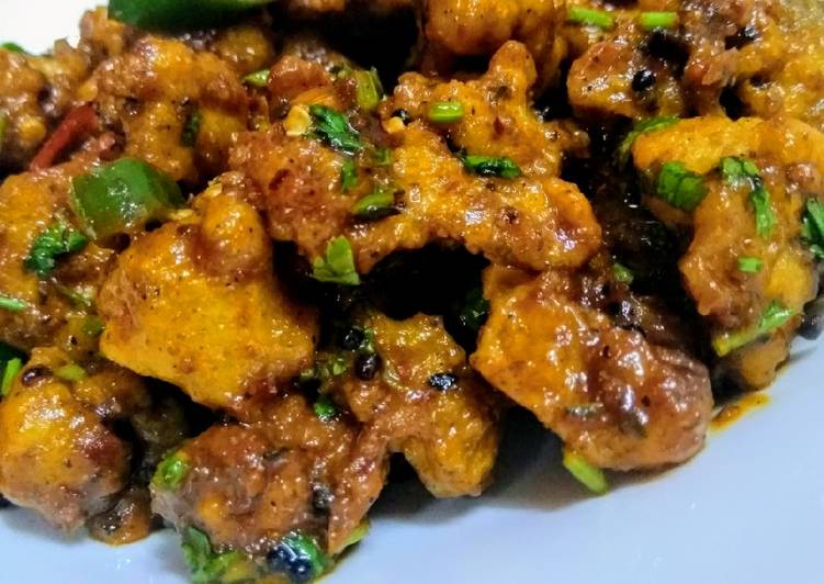 Cauliflower Manchurian with twist