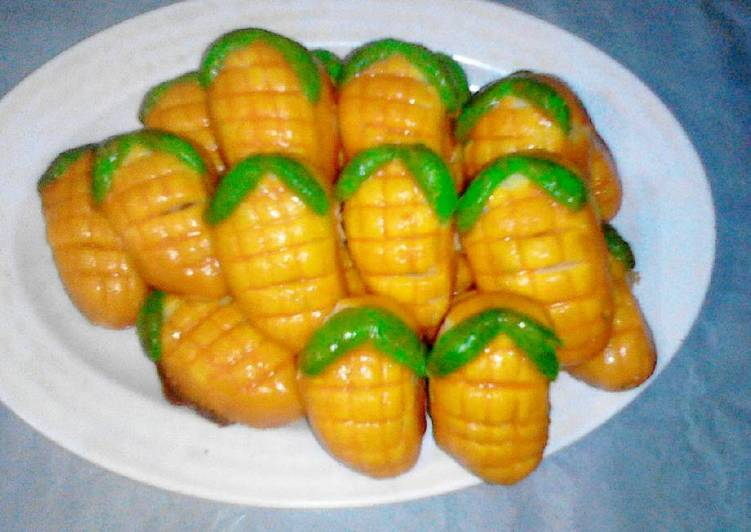 Nastar bentuk jagung