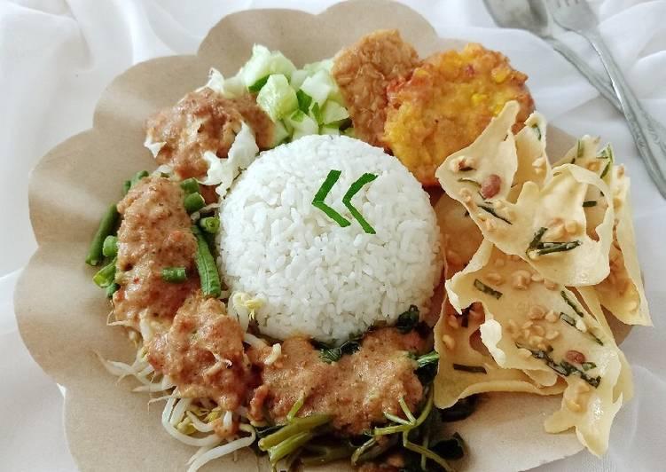 Nasi Pecel Jawa Timur