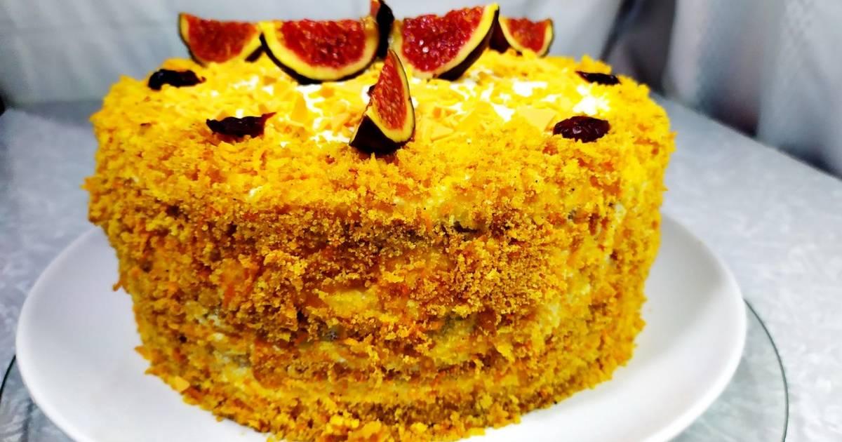 Диетический морковный торт с творожным кремом