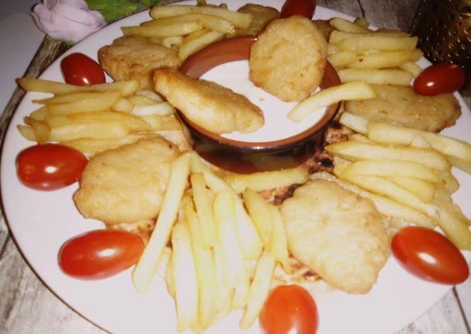 Galette arabe🥀 nugget du poulet🥀fritte🥀sauce fromagère