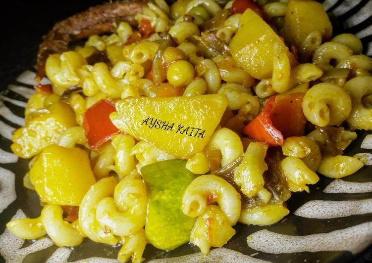 Stir-fired pasta