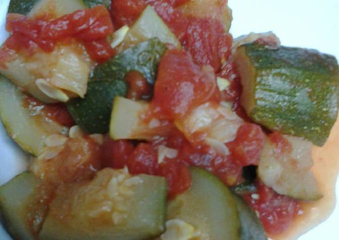 Simple easy zucchini and tomatoes