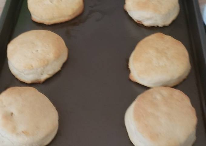 Recipe: Appetizing Buttermilk biscuits