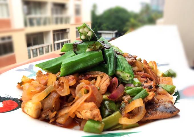Herring In Paprika Sauce Top Okra With Spicy Soy Sauce