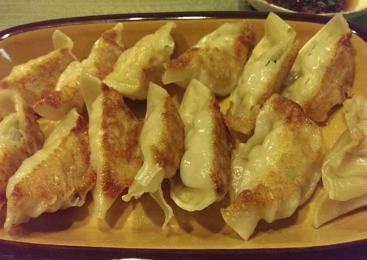 Going Green for Good Health By Consuming Superfoods Chicken Celery Pot-stickers (Japanese Gyoza)