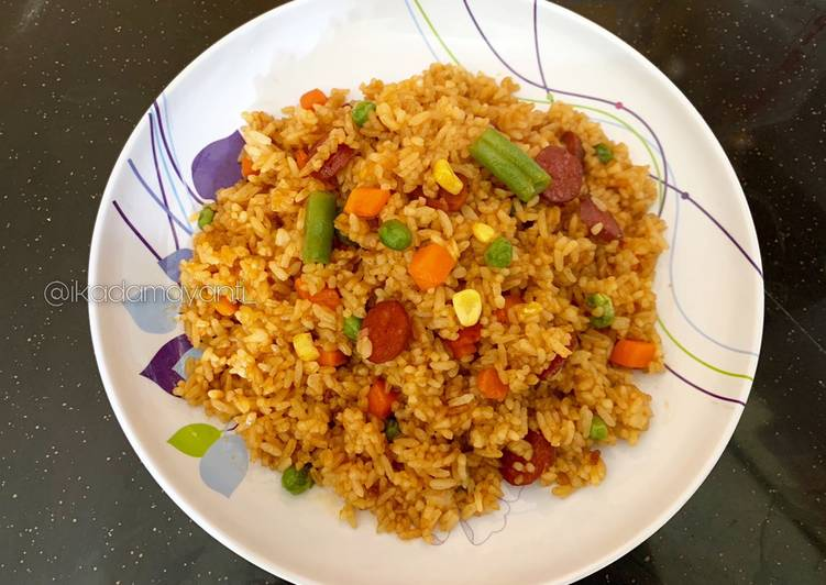 Nasi Goreng sosis mix vege