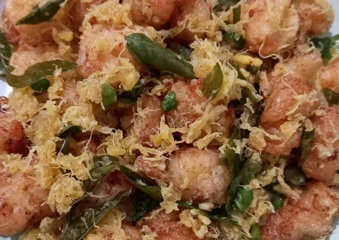 Butter prawn with egg floss