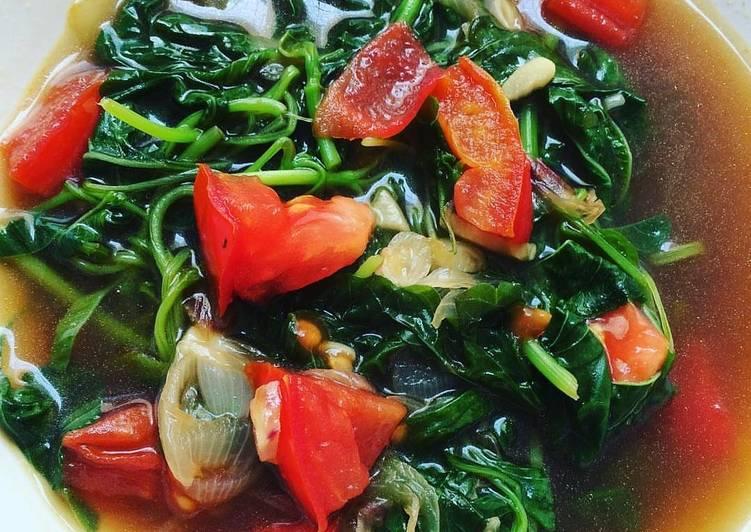 Tumis Bayam Tomat foto resep utama