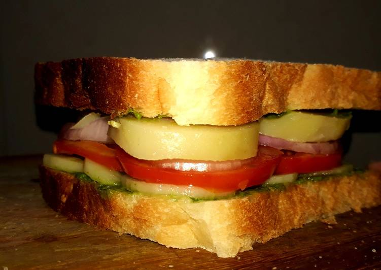 Vegetable Sandwich, What Are The Advantages Of Consuming Superfoods?