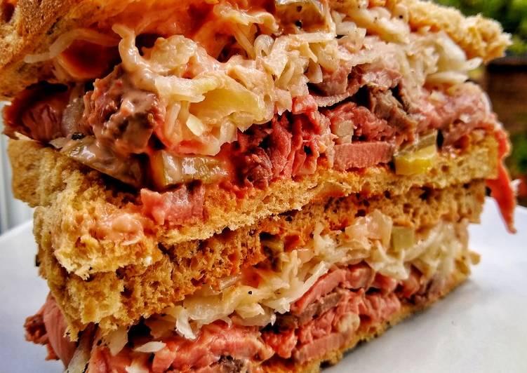Recipe: Delicious The Ultimate Roast Beef Deli Sandwich