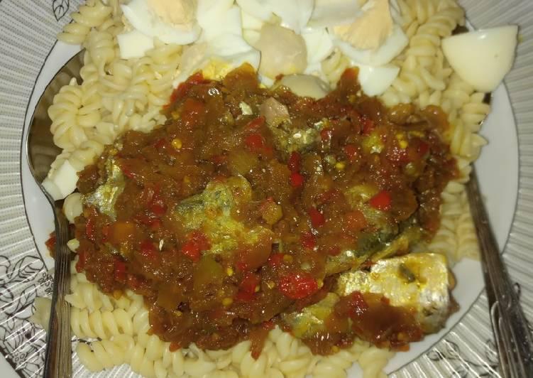Steps to Prepare Quick Macaroni with sardine sause