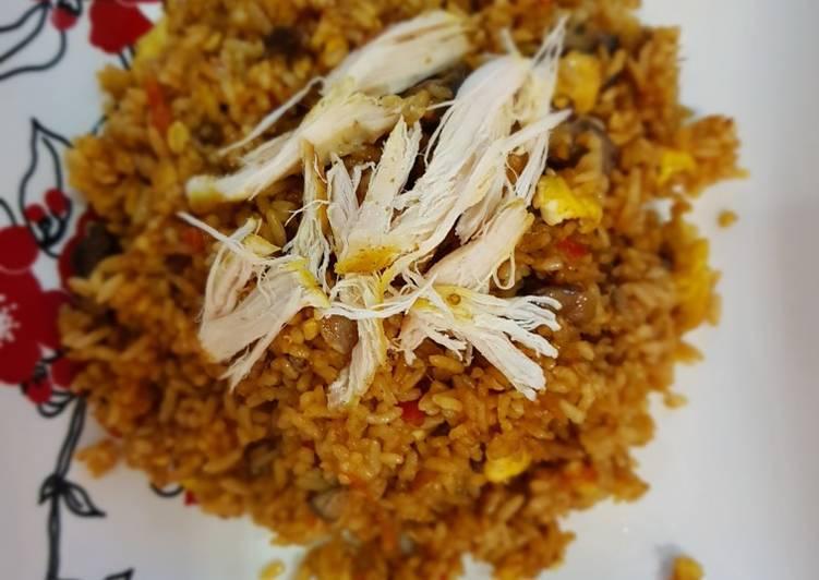 Resep Nasi goreng ayam suwir oleh Bunda Keykhan - Cookpad