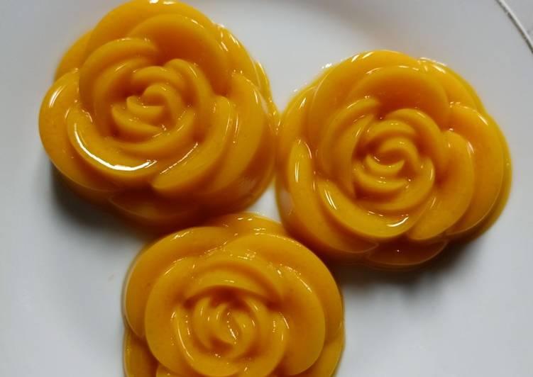 Puding mawar labu kuning