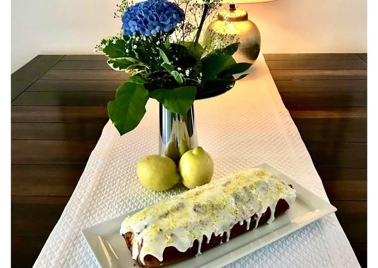 Zitronenkuchen aus Rührteig