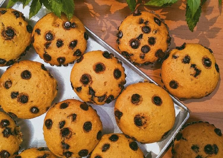 Vanilla chocochips muffin