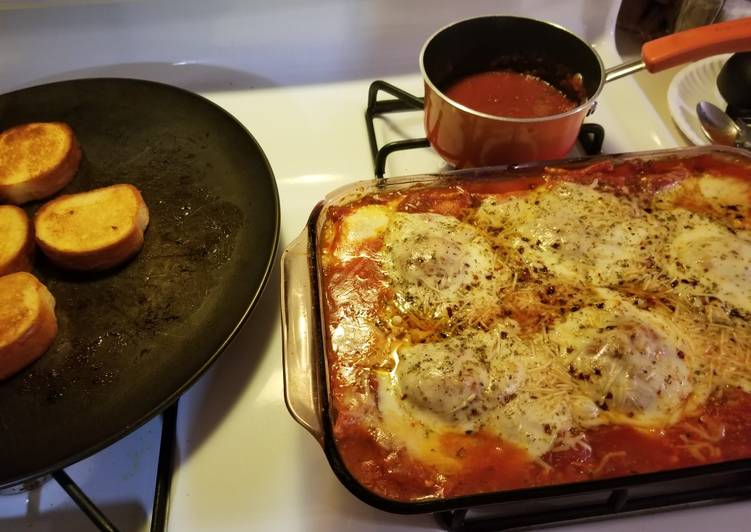 Baked cheese ravioli