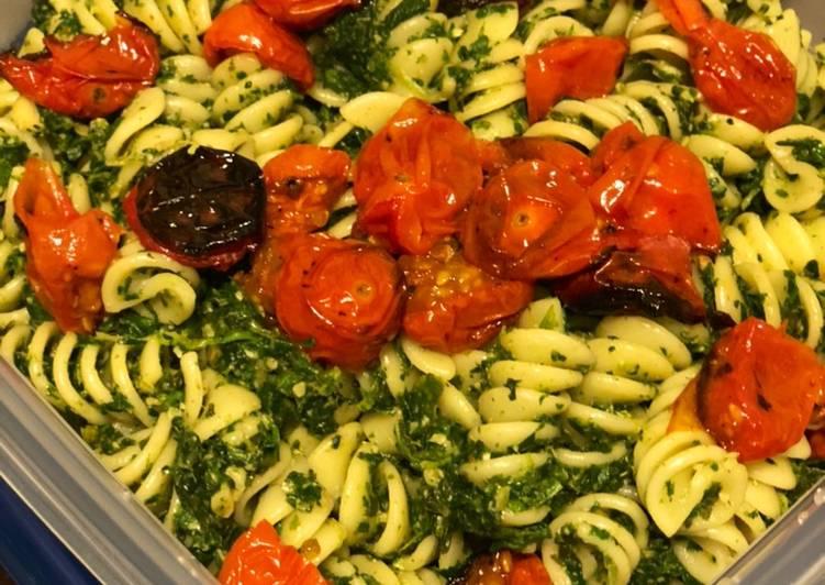 Step-by-Step Guide to Make Super Quick Homemade Vegan Avocado Pesto