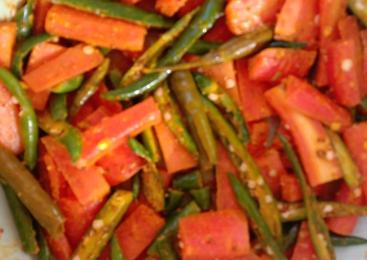 How to Prepare Yummy Carrot green chilli pickle
