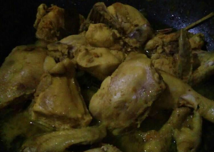 Ayam Ungkep Bumbu Kuning #bikinramadhanberkesan