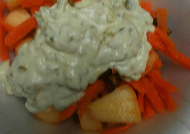 Apple Walnut and Carrot Salad
