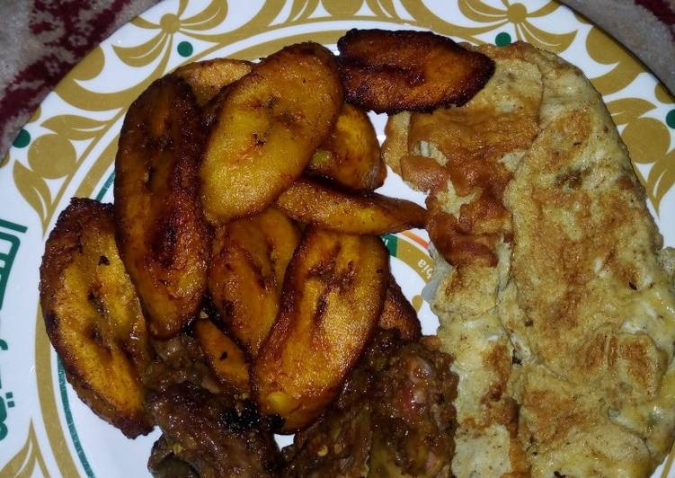 Plantain,eggs and chicken