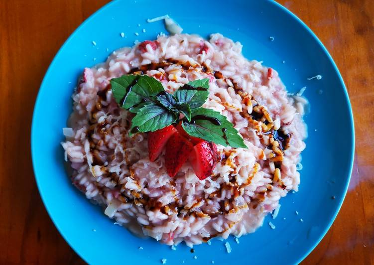 Step-by-Step Guide to Make Homemade Strawberry risotto (risotto alle fragole)