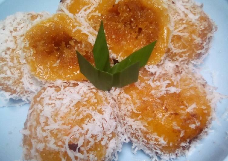 Kue bugis waluh aka labu kuning - cookandrecipe.com