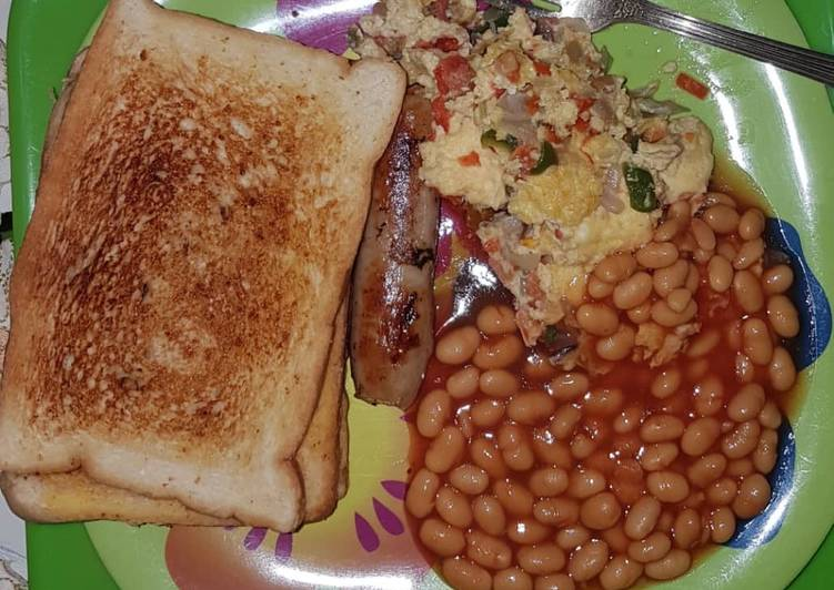 Recipe: Delicious Toast with sausage & omelette