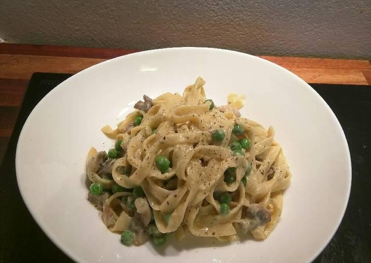 Recipe: Appetizing Mushroom & Green Pea Carbonara
