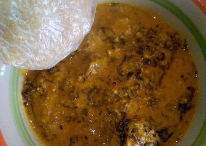 Groundnut soup and ugali