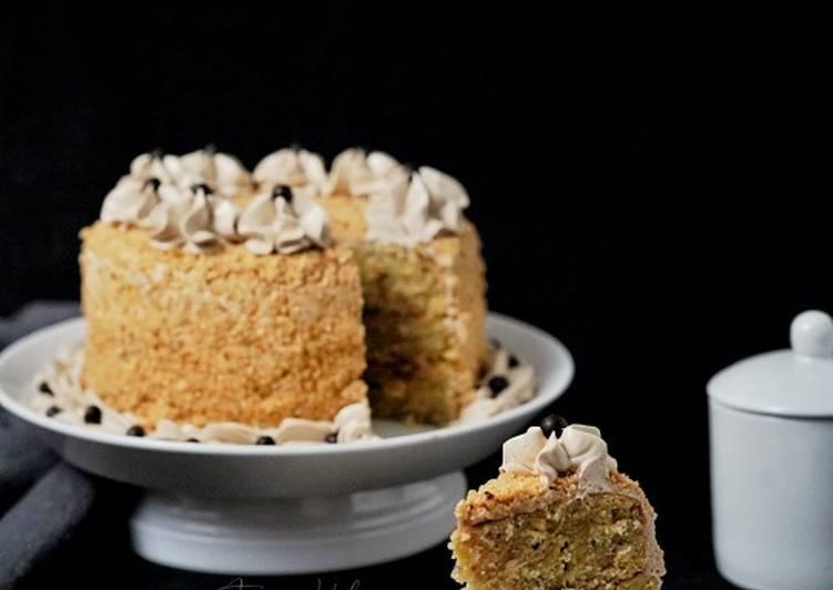 banana-nougat-cake