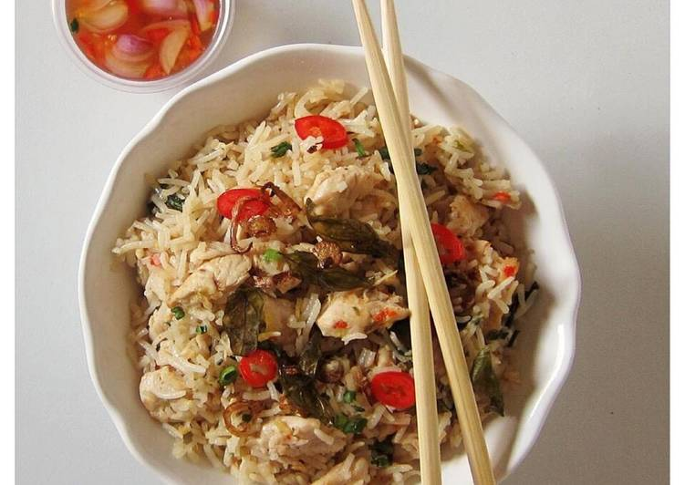 Thai chicken & basil fried rice