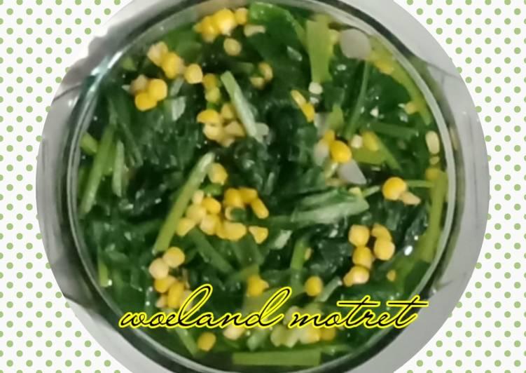 Sayur bening sawi hijau jagung manis