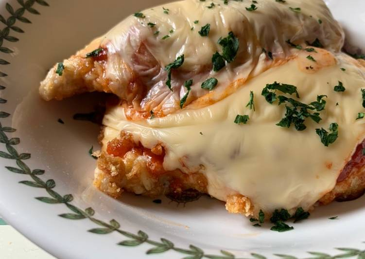 Low carb chicken parma