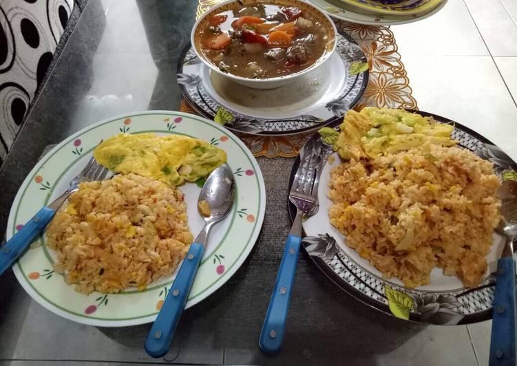 Resep Nasi goreng omlete ala suami Paling Joss